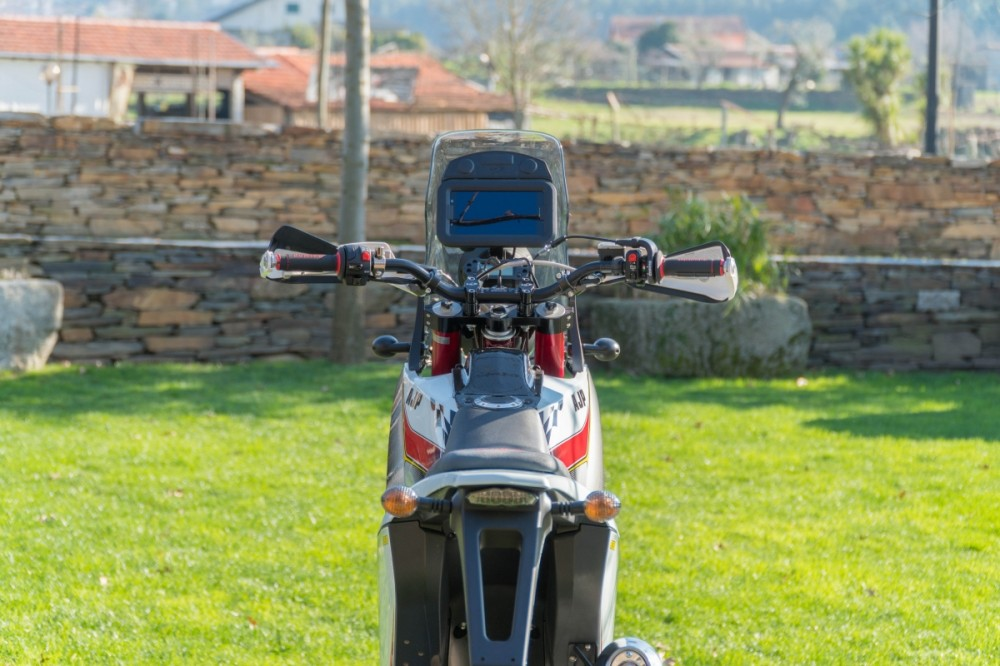 Ride both on-road and off-road to Ronda on one of our PR7 adventure 650 bikes